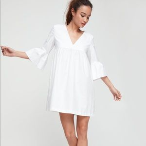 ARITZIA SUNDAY BEST v-neck babydoll dress